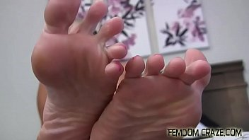 we need someone who knows how to spoil feet