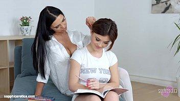 lesson cravings by lesbo erotica - voluptuous girl-girl.