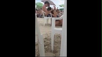 chupando o novinho na praia corninho de longe filamando