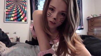 ultra-kinky kitty plays on cam -.