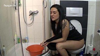 Spy Pooping II