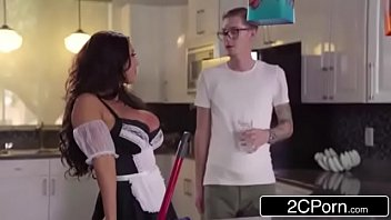 nerdy boy detects japanese ultra-cutie august taylor a.