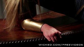sinful - lex penetrates supergirl