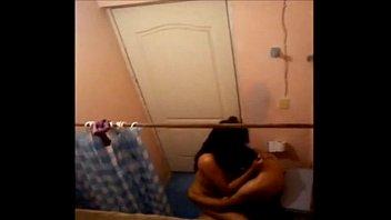 caacute_mara escondida filma a chavos cachondos cogiendo en.