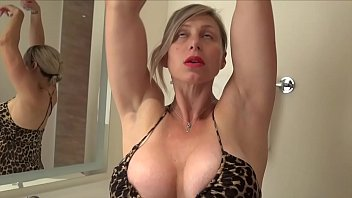 xxl titty cougar muscle lady trims
