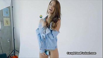 model blows xxl lollipop after picture.