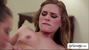 insatiable woman sydney cole tongues lanas edible yummy cooch