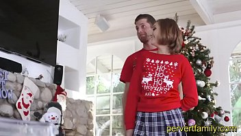 pervertfamily- christmas fotoshooting tuns into brutha and step-sister drilling